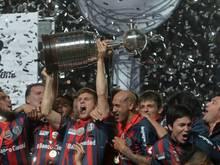 Eine Delegation von San Lorenzo reist mit dem Libertadores Cup nach Rom. Foto: Juan Ignacio Roncoroni