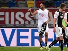 Sandhausens Aziz Bouhaddouz hat den Treffer zum 3:1-Sieg klargemacht