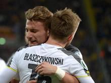 Dortmunds Ciro Immobile (hinten) sicherte mit seinen zwei Toren dem BVB den Sieg in Dresden