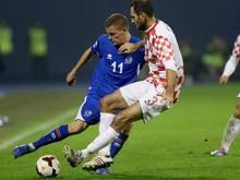 Josip Šimunić (r.) 2013 im WM-Quali-Spiel gegen Island