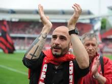 Javier Pinola spielt zehn Jahre für den Club