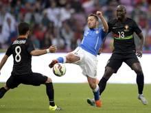 Andrea Bertolacci (M.) steht vor einem Wechsel zum AC Milan