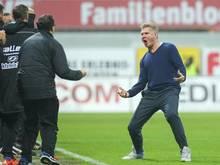 Will auch im Pokal jubeln: Paderborns Trainer Stefan Effenberg