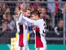 Bayer Leverkusen ist im DFB-Pokal problemlos ins Achtelfinale eingezogen