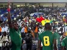 Der Senegalese Papy Djilobodji (l.) steht kurz vor einem Engagement bei Werder Bremen