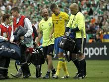 Mikael Lustig musste verletzt ausgewechselt werden