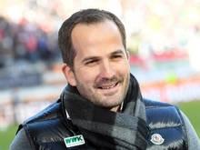 Augsburgs Trainer Manuel Baum kann für das Spiel gegen Leverkusen wieder mit einigen Leistungsträgern rechnen