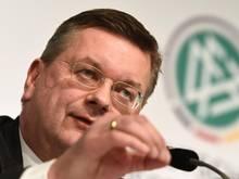 """DFB-Boss Reinhard Grindel sieht lediglich """"Verfehlungen der Vergangenheit"""""""