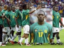 Die Nationalspieler Kameruns erinnerten 2003 mit einem Porträt an den verstorbenen Marc-Vivien Foé