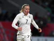 Pauline Bremer hat sich im Spiel gegen Everton einen tiefen Bruch im rechten Bein zugezogen