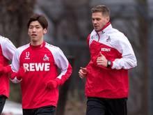 Simon Terodde (r.) will mit dem 1. FC Köln in die Erfolgsspur zurückkehren