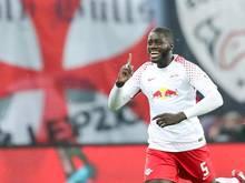 Dayot Upamecano traf gegen den FC Augsburg