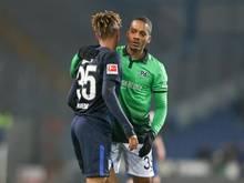 Charlison Benschop (r) kommt ablösefrei von Hannover nach Ingolstadt