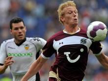Hängt die Fußballschuhe an den Nagel: Ex-Bundesligaprofi Mikael Forssell (re.)