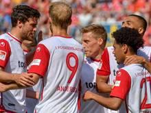 Der 1. FC Kaiserslautern hat sich mit einem Sieg aus der 2. Liga verabschiedet.