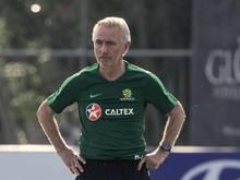 Bert van Marwijk trainiert die australische Fußball-Nationalmannschaft