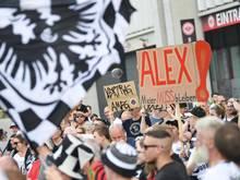 """Die Eintracht-Fans fordern: """"Alex Meier muss bleiben!"""""""
