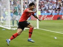 Heung-Min Son freut sich über den historischen Sieg Südkoreas