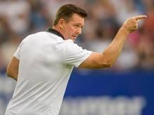 Für Trainer Christian Titz und das Hamburger Team geht es am zweiten Zweitligaspieltag gegen den SVSandhausen