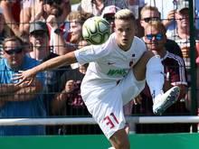 Muss weiter auf eine Einladung von Bundestrainer Joachim Löw warten: Philipp Max vom FCAugsburg