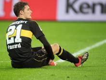 Stuttgarts Benjamin Pavard erlitt in der Partie gegen Borussia Mönchengladbach einen Faserriss und fällt vorerst aus