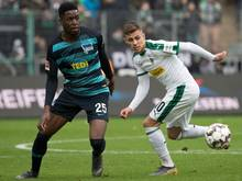 Hertha BSC hofft auf eine schnelle Genesung von Jordan Torunarigha (li.)