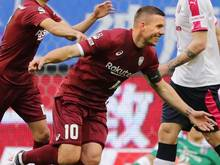Lukas Podolski hat mit Vissel Kobe im zweiten Spiel der Saison den ersten Sieg geholt