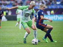 Traf für den VfL Wolfsburg in Lyon: Nilla Fischer (l)
