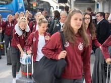 Mit dem TGV reist das deutsche Frauen-Nationalteam von Rennes nach Valenciennes