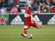 Bastian Schweinsteiger besiegte mit Chicago den aktuellen MLS-Meister. Foto: Kamil Krzaczynski/AP