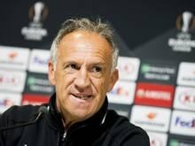 Saint Etiennes Trainer Ghislain Printant lobt die Abwehr des VfL Wolfsburg