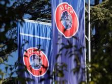Der Dringlichkeitsausschuss der Europäischen Fußball-Union hat eine Entscheidung getroffen