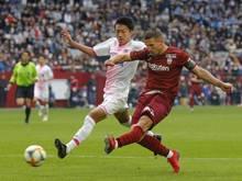 Siegreich mit Vissel Kobe: Lukas Podolski (r.)