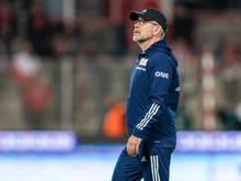 Hat sich auf eine Nummer eins im Berliner Tor festgelegt:Union-Coach Urs Fischer