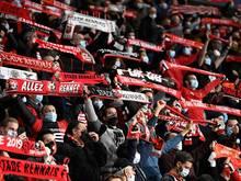 Dicht an dicht: Fans von Stade Rennens beim Spiel gegen FK Krasnodar