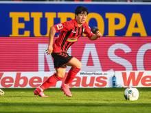 Musste sich in häusliche Quarantäne begeben: Changhoon Kwon vom SC Freiburg