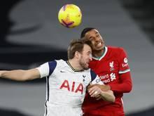 Joel Matip (r.) verletzte sich gegen Tottenham