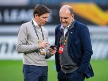 Bei Wolfsburg läuft es für Sportchef Jörg Schmadtke (r) und Trainer Oliver Glasner