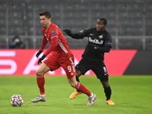 Wurde wegen Dopins gesperrt: Salzburgs Mohamed Camara (r).