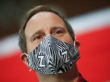 St. Paulis Präsident Oke Göttlich warnt vor den Folgen einer Corona-Erkrankung