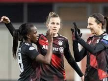 Simone Laudehr (M) spielt in der Frauen-Bundesliga für den FC Bayern München