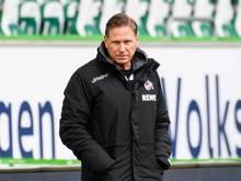 Kölns Trainer Markus Gisdol steht am Spielfeldrand