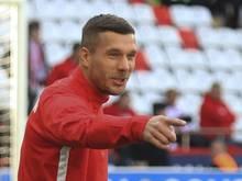 Zittert mit dem 1. FC Köln mit:Lukas Podolski
