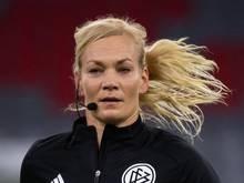 Schiedsrichterin Bibiana Steinhaus könnte in Tokio als Videoassistentin eingesetzt werden
