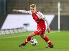 Hat beim SCFreiburg verlängert: Philipp Lienhart. Foto: Friso Gentsch/dpa