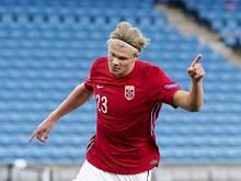 Sorgte mit seinem späten Tor im Testspiel gegen Außenseiter Luxemburg für den Sieg der Norweger: Erling Haaland