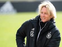 Muss für das Länderspiel gegen Frankreich weitere Ausfälle hinnehmen: Martina Voss-Tecklenburg