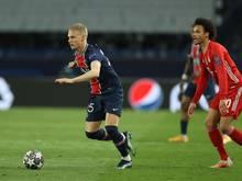 PSG-Verteidiger Mitchel Bakker (l.) steht vor einem Wechsel nach Leverkusen