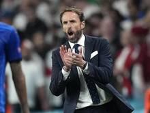 Englands Nationaltrainer Gareth Southgate setzt sich fürs Impfen ein