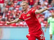 Unions Timo Baumgartl jubelt nach seinem Treffer zum 2:1